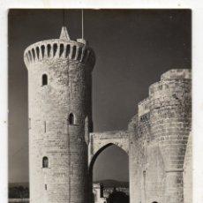 Postales: MALLORCA. CASTILLO DE BELLVER. TORRE DEL HOMENAJE Y MURALLAS. AÑOS 60. Lote 166429586