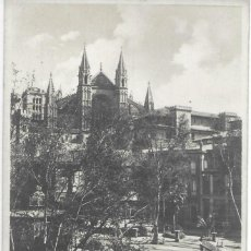 Postales: POSTAL PALMA DE MALLORCA ISLAS BALEARES LA GLORIETA Y CATEDRAL CON TRANVIA. Lote 245108835