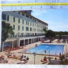 Postales: POSTAL DE MALLORCA. AÑO 1970. EL ARENAL, HOTEL EL PUEBLO. 2317 ESCUDO ORO. 3286. Lote 245743445
