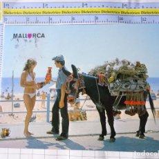 Postales: POSTAL DE MALLORCA. AÑO 1983. BOTIJERO Y MUJER TURISTA EN BIKINI. 2711 CLIK CLAK. 3290. Lote 245743540
