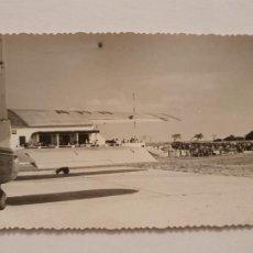 Postales: MAÓ / MAHÓN - AEROPUERTO - P50379. Lote 257351655