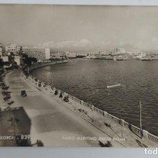 Postales: ANTIGUA POSTAL DE PALMA DE MALLORCA - PASEO MARÍTIMO HACIA PALMA - 1956 - 839 TALLERES A. ZERKOWITZ. Lote 261190460