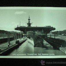 Postales: TARJETA POSTAL. USS KEARSARGE. TRANSITING THE PANAMA CANAL. AÑOS 50.. Lote 19247018