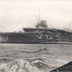 Postales: PS0970 POSTAL FOTOGRÁFICA DEL PORTAAVIONES BRITÁNICO 'COURAGEOUS'. CIRCULADA EN 1948. Lote 32393409