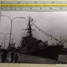 Postales: FOTO POSTAL DE BARCOS NAVIERAS. AÑO 1966. BUQUE BARCO MILITAR FRAGATA ALEMANA EMDEN. ALEMANIA. 561. Lote 69426621