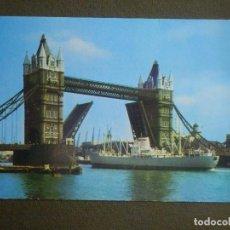 Postales: POSTAL - BARCOS - BARCO PASANDO TORRE DEL PUENTE - TOWER BRIDGE - L1 / 582 / LON - J. ARTHUR DIXON. Lote 84717356
