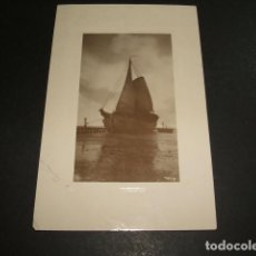 Postales: BARCO ATRACADO EN MUELLE POSTAL HACIA 1910. Lote 102830391