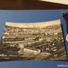 Postales: ANTIGUA POSTAL FOTOGRÁFICA BARCOS GÉNOVA ANTIGUO PUERTO Y VISTA GENERAL. Lote 183543721