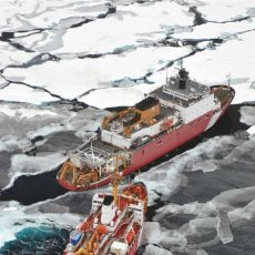 Postales: TWO ICEBREAKERS IN ICE BOAT SHIP BOW THRUSTER BY PATRICK KELLEY NEW POSTCARD - PATRICK KELLEY. Lote 278750538