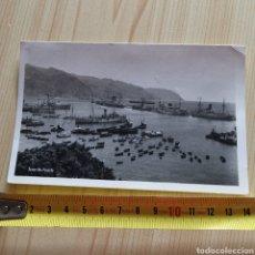 Postales: POSTAL DEL PUERTO DE TENERIFE, 1943? BARCOS Y BUQUES DE GUERRA.. Lote 280386373