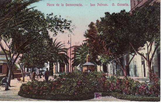 LAS PALMAS GRAN CANARIA.PLAZA DE LA DEMOCRACIA NO CIRCULADA. (Postales - España - Canarias Antigua (hasta 1939))