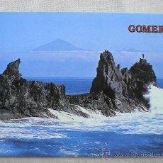 Postales: SAN SEBASTIÁN DE LA GOMERA. PAISAJE MARINO. AL FONDO, EL TEIDE. . Lote 15073561