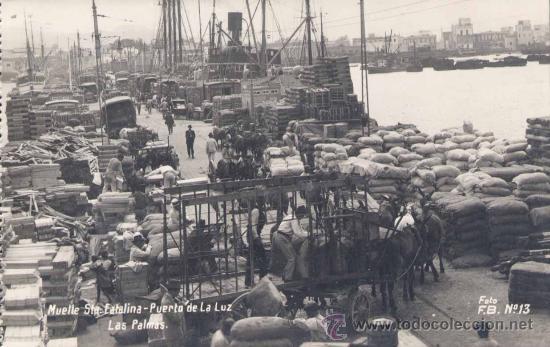 PUERTO DE LA LUZ.- MUELLE DE SANTA CATALINA (Postales - España - Canarias Moderna (desde 1940))