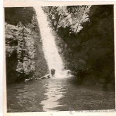 Postales: FOTOGRAFIA ISLA DE LA PALMA, AL DORSO LA CALDERA (TABURIENTE) CASCADA DEL ALMENDRO AMARGO. Lote 27195676