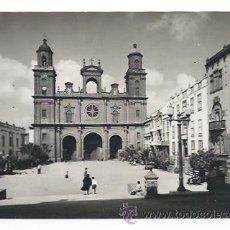 Postales: LAS PALMAS DE GRAN CANARIA. CATEDRAL Y PLAZA DE SANTA ANA. (ED. SICILIA). Lote 31537850