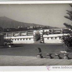 Postales: BONITA POSTAL - PUERTO DE LA CRUZ (TENERIFE) - PLAYA DE MARTIANEZ - PISCINA Y EL TEIDE. Lote 35215373