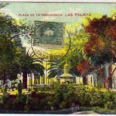 Postcards - Las Palmas. Plaza de la Democracia. Circulada. - 35657307