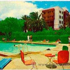 Postales: LAS PALMAS DE GRAN CANARIA PISCINA DEL HOTEL SANTA CATALINA. ESCRITA. Lote 36166728