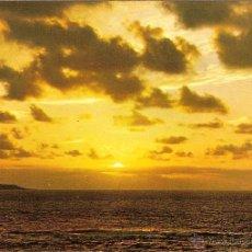 Postales: LANZAROTE (CANARIAS), ATARDECER, MARINA - FOTO GABRIEL - SIN CIRCULAR. Lote 40879522