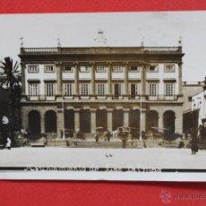 Postales: ANTIGUA FOTO POSTAL DE LAS PALMAS. GRAN CANARIA. AYUNTAMIENTO. CIRCULADA. Lote 45144799