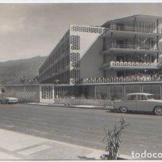 Postales: POSTAL PUERTO DE LA CRUZ PASEO DE COLON ED. ARRIBAS N° 1104 TENERIFE . Lote 76873051
