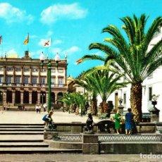 Postales: LAS PALMAS DE GRAN CANARIA -PLAZA DE STA. ANA Y AYUNTAMIENTO- SIN CIRCULAR / P-2290. Lote 112906951