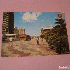 Postales: POSTAL DE TENERIFE. PUERTO DE LA CRUZ. AVENIDA DE COLON. CIRCULADA SIN SELLO. . Lote 117770439