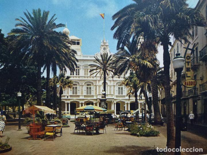 POSTAL. CASINO Y PLAZA DE CAIRASCO. LAS PALMAS DE G.C.. ED. DIXON. SIN CIRCULAR. (Postales - España - Canarias Moderna (desde 1940))
