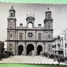Postales: LAS PALMAS DE GRAN CANARIA. 383 LA CATEDRAL. ED. L. MONTAÑÉS. USADA. BLANCO/NEGRO. Lote 141208633