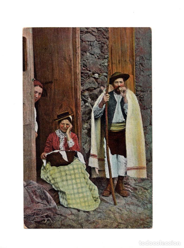 TENERIFE.(CANARIAS).- LA LAGUNA. GRUPO DE CAMPESINOS (Postales - España - Canarias Antigua (hasta 1939))