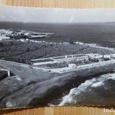 Postales: PUERTO DE LA CRUZ TENERIFE PLAYA DE MARTIANEZ ED. ARRIBAS Nº 198. Lote 153243310