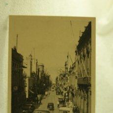 Postales: LAS PALMAS CALLE DE TRIANA COCHES ANIMMADA BAZAR ALEMAN. Lote 181335660