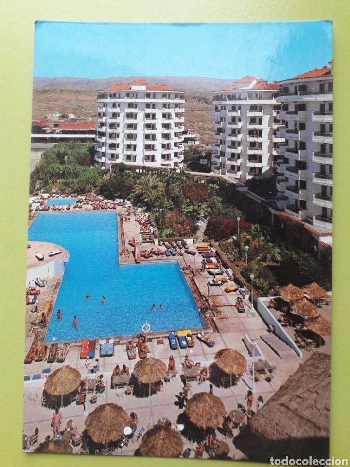 GRAN CANARIA HOTEL WAIKIKI PLAYA DEL INGLÉS 1181 ZERKOWITZ TARJETA POSTAL CIRCULADA (Postales - España - Canarias Moderna (desde 1940))