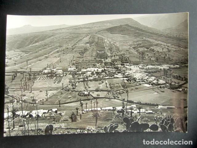 POSTAL ISLA DE LANZAROTE. CANARIAS. CULTIVOS ENARENADOS EN EL PUEBLO DE HARTA. FOTO. GABRIEL FDEZ. (Postales - España - Canarias Moderna (desde 1940))