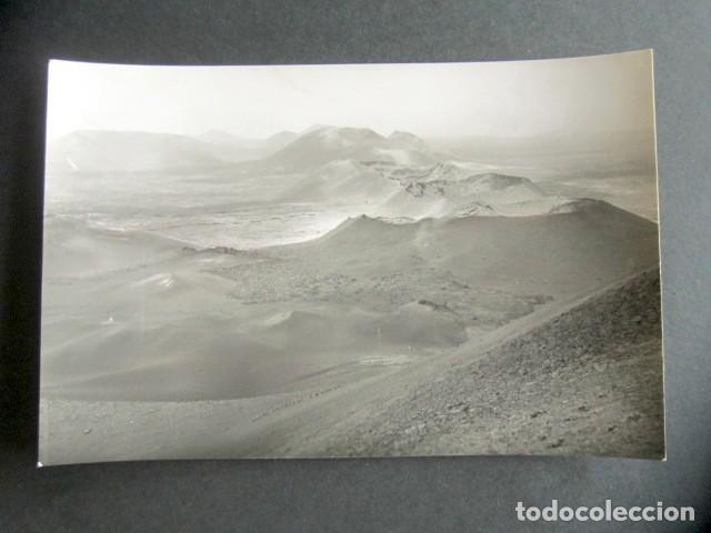 POSTAL LANZAROTE. CRÁTERES DE LAS MONTAÑAS DEL FUEGO. ED. ARRIBAS. (Postales - España - Canarias Moderna (desde 1940))