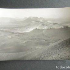 Postales: POSTAL LANZAROTE. CRÁTERES DE LAS MONTAÑAS DEL FUEGO. ED. ARRIBAS. . Lote 186418707