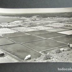 Postales: POSTAL LANZAROTE. SALINAS DEL JANUBIO LA MÁS IMPORTANTES DEL ARCHIÉLAGO. FOTO GABRIEL FERNANDEZ. . Lote 186419121
