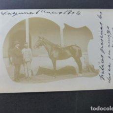 Postales: LA LAGUNA TENERIFE ENERO 1904 MILITAR CON CABALLO POSTAL FOTOGRAFICA REVERSO SIN DIVIDIR. Lote 190936277
