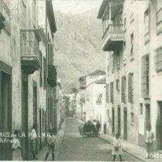 Postales: SANTA CRUZ DE LA PALMA CALLE ALVAREZ AFREU ABREU. CIRCULADA EN 1920. MUY RARA.. Lote 195498406