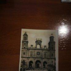 Postales: POSTAL BLANCO Y NEGRO AÑOS 50. CATEDRAL DE GRAN CANARIA. Lote 197175447
