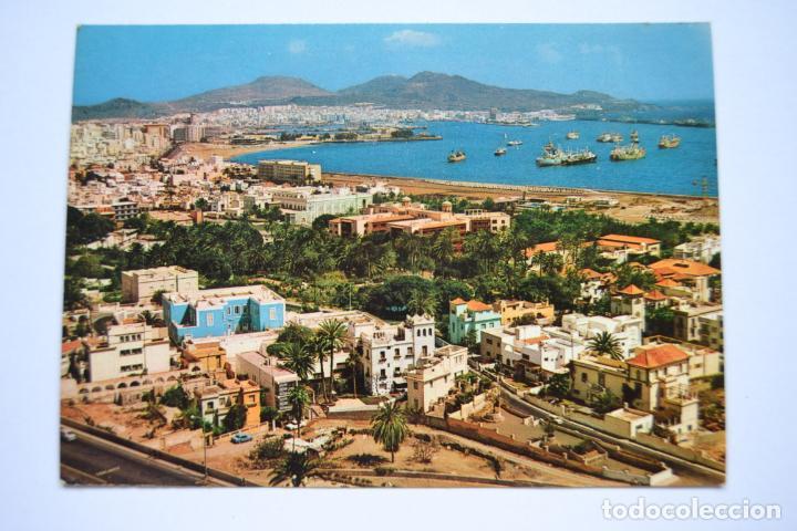 POSTAL. LAS PALMAS DE GRAN CANARIA. VISTA PARCIAL DE LAS PALMAS Y PUERTO. ED. CASA HAMBURGO. NO ESCR (Postales - España - Canarias Moderna (desde 1940))