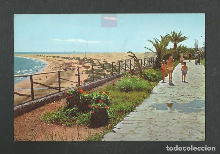 POSTAL CIRCULADA GRAN CANARIA 5003 PLAYA DEL INGLES EDITA EDICIONES ISLAS (Postales - España - Canarias Moderna (desde 1940))
