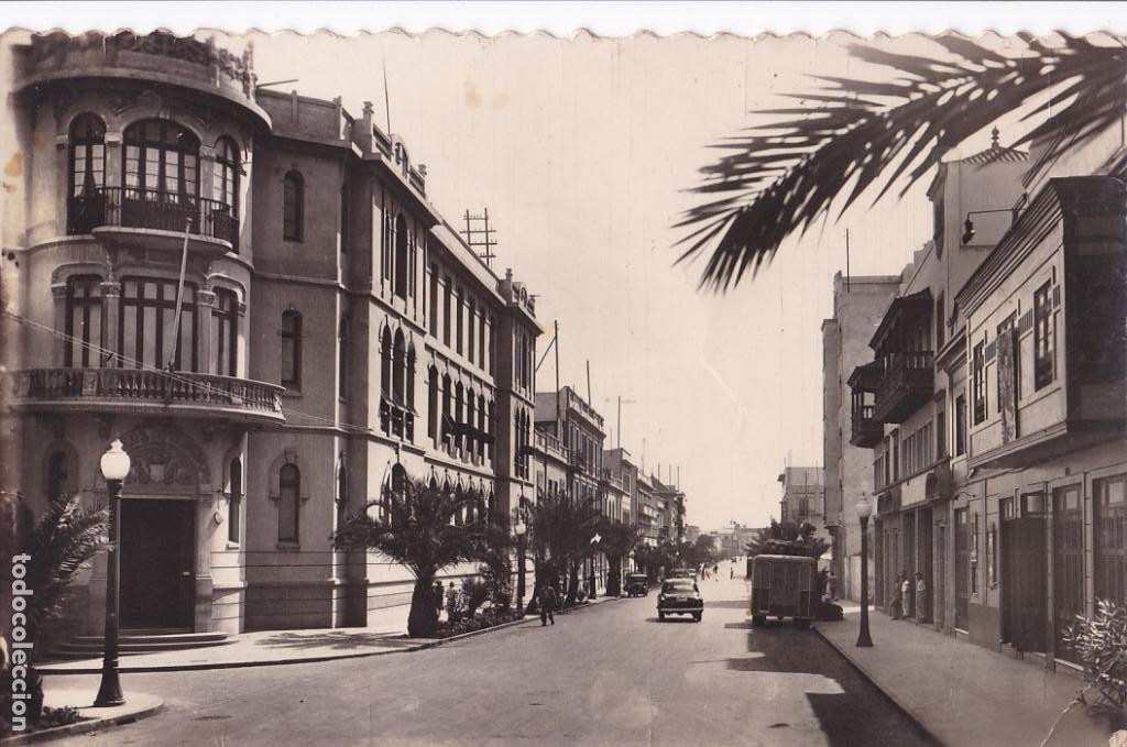 LAS PALMAS DE GRAN CANARIA CALLE GENERAL FRANCO Y CORREOS. ED. ARRIBAS Nº 12. SIN CIRCULAR (Postales - España - Canarias Antigua (hasta 1939))