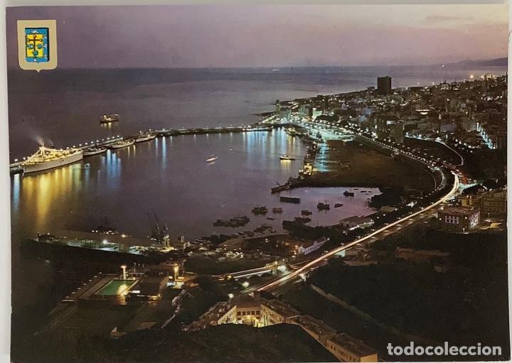 TENERIFE, SANTA CRUZ DE TENERIFE. VISTA NOCTURNA DE PUERTO. ESCUDO ORO. SELLO 1974 (Postales - España - Canarias Moderna (desde 1940))