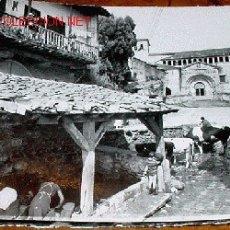 Postales: ANTIGUA FOTO POSTAL DE SANTILLANA DEL MAR (CANTABRIA) - ARRIBAS - SIN CIRCULAR. Lote 2421769