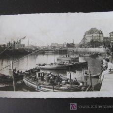 Postales: POSTAL DEL PUERTO CHICO DE SANTANDER 1956. Lote 20614067