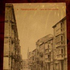 Postales: ANTIGUA POSTAL DE TORRELAVEGA (CANTABRIA) CALLE DE CONSOLACION - 8 - PROP. GUERRA - SIN CIRCULAR. Lote 23484452