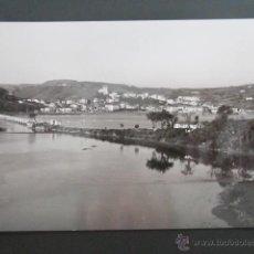 Postales: FOTO POSTAL CANTABRIA. VISTA GENERAL DE SAN VICENTE DE LA BARQUERA. . Lote 42211254