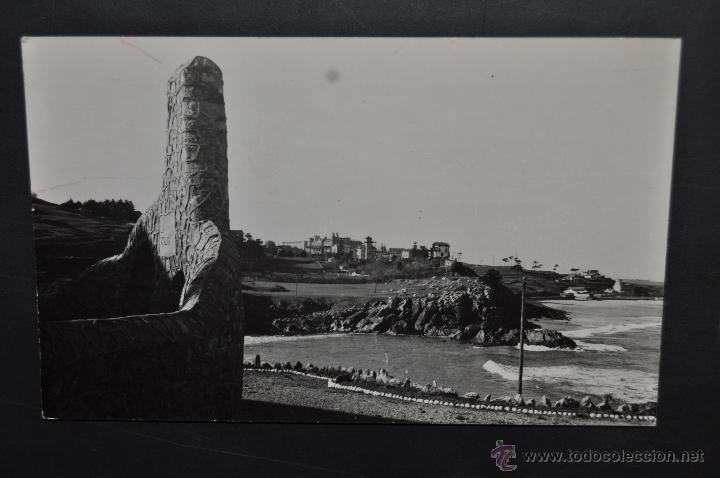 FOTO POSTAL DE COMILLAS. CANTABRIA. VISTA GENERAL DE LA PLAYA. ESCRITA (Postales - España - Cantabria Antigua (hasta 1.939))