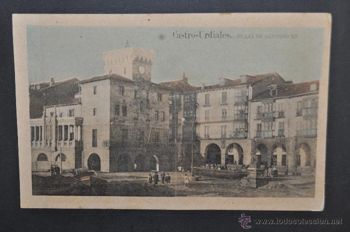 ANTIGUA POSTAL DE CASTRO URDIALES. CANTABRIA. PLAZA DE ALFONSO XII. ED. C. DIEZ. SIN CIRCULAR (Postales - España - Cantabria Antigua (hasta 1.939))